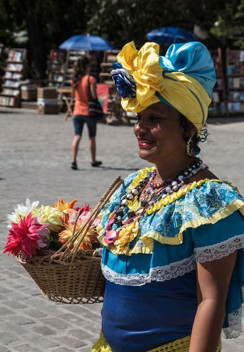 Traje tipico de cuba mujer